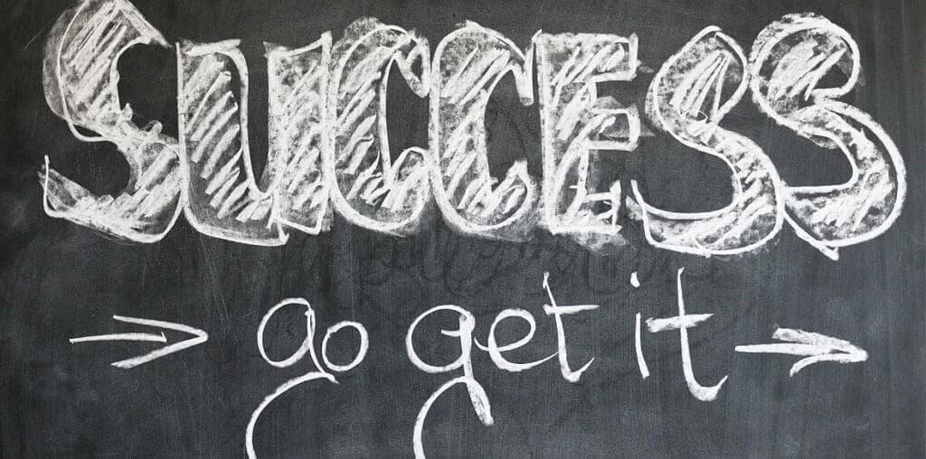 Die richtige Coaching Ausbildung garantiert den langfristigen Erfolg, daher sieht man auf dem Bild auch das Wort Success